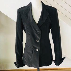 Armani Collezioni Women's 3-Button Black Blazer.